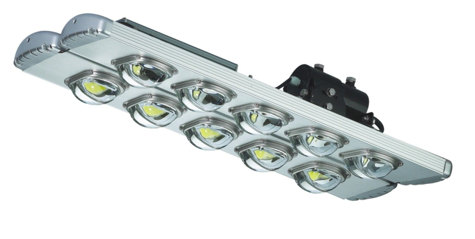 200 Watt LED High Mass Street Light